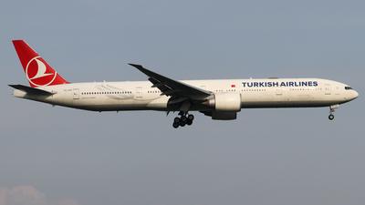 TC-JJO - Boeing 777-3F2ER - Turkish Airlines