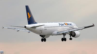 EI-DSE - Airbus A320-216 - Air One