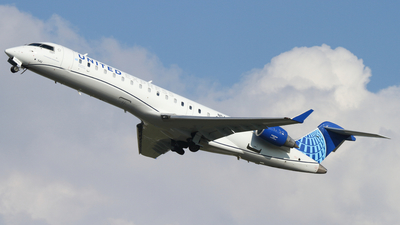 A picture of N542GJ - Mitsubishi CRJ550 - United Airlines - © Connor Cummings