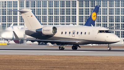 A picture of DAAAY - Bombardier Challenger 604 -  - © Moritz Babl