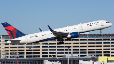 A picture of N541US - Boeing 757251 - Delta Air Lines - © Stephen J Stein