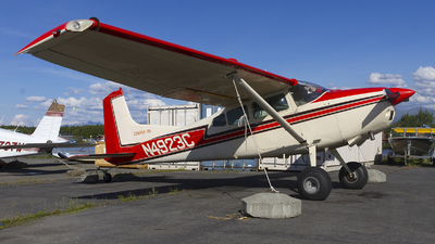 N4923C - Cessna A185F Skywagon - Private