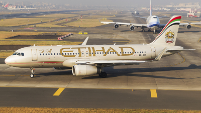A picture of A6EIY - Airbus A320232 - Etihad Airways - © Akshay M