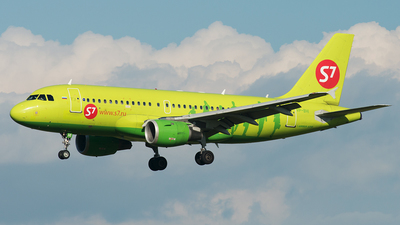 VP-BHI - Airbus A319-114 - S7 Airlines