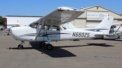 N66025 - Cessna 172S Skyhawk SP - Private