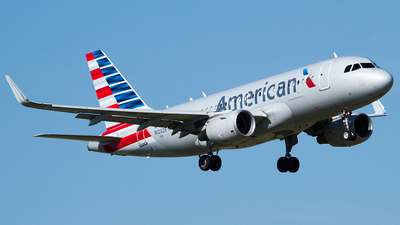 N12028 - Airbus A319-115(LR) - American Airlines