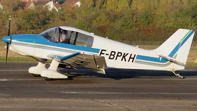F-BPKH - Robin DR221 Dauphin - Private