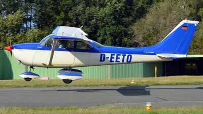 D-EETO - Reims-Cessna F172H Skyhawk - Private