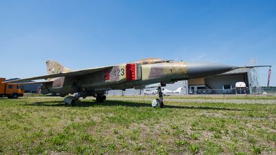 2423 - Mikoyan-Gurevich MiG-23ML Flogger G - Czech Republic - Air Force