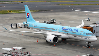 HL8312 - Airbus A220-300 - Korean Air