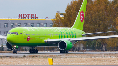 VP-BVH - Boeing 767-33A(ER) - S7 Airlines
