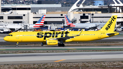 A picture of N678NK - Airbus A321231 - Spirit Airlines - © Rocky Wang