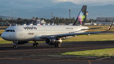 XA-VLM - Airbus A320-233 - Volaris