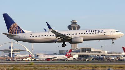 N68891 - Boeing 737-924ER - United Airlines