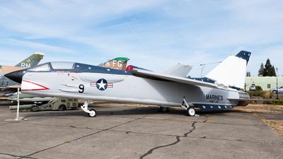 146995 - Vought F-8K Crusader - United States - US Navy (USN)