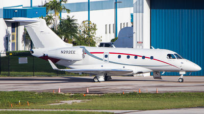 N202EE - Embraer EMB-545 Legacy 450  - Private