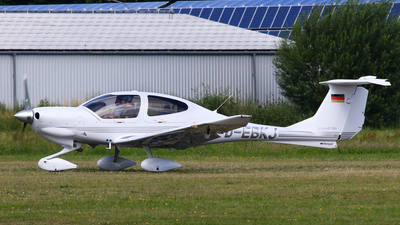 D-EBKJ - Diamond DA-40D Diamond Star TDI - Private
