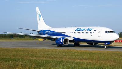 A picture of YRBMF - Boeing 7378Q8 - [28220] - © Flavio Renzi