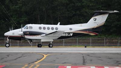 N891JW - Beechcraft 200 Super King Air - Private