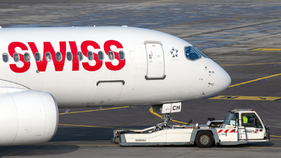 HB-JCH - Bombardier CSeries CS300 - Swiss