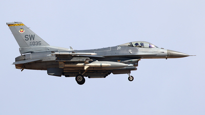00-1035 - Lockheed Martin F-16D Fighting Falcon - United States - US Air Force (USAF)