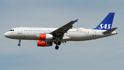 OY-KAN - Airbus A320-232 - Scandinavian Airlines (SAS)