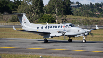 FAC5732 - Beechcraft B300 King Air 350 - Colombia - Air Force