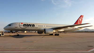 N508US - Boeing 757-251 - Northwest Airlines
