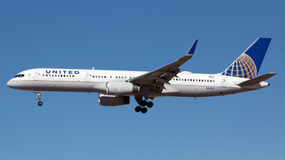 A picture of N34131 - Boeing 757224 - United Airlines - © Chris Pitchacaren