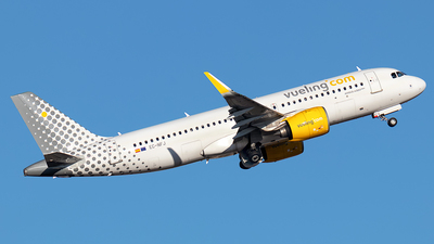 A picture of ECNFJ - Airbus A320271N - Vueling - © Rui Sequeira