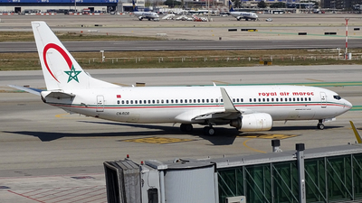 CN-ROB - Boeing 737-8B6 - Royal Air Maroc (RAM)
