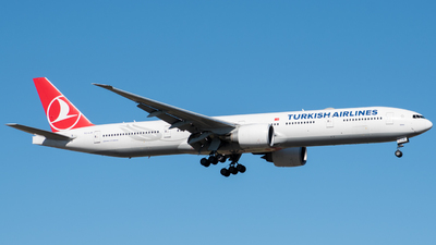 A picture of TCLJK - Boeing 7773F2(ER) - Turkish Airlines - © joaquin_cuneo_