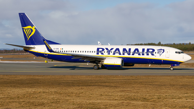 A picture of EIEBL - Boeing 7378AS - Ryanair - © Laszlo Fekete