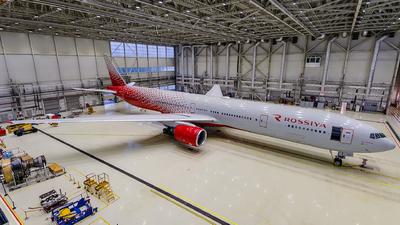 A picture of EIXLP - Boeing 777312 - Rossiya - © Gleb Borzyakov - AviMedia