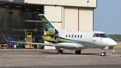 M-YCEF - Raytheon Hawker 800XPi - Private