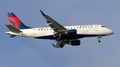 N880RW - Embraer 170-100LR - Delta Connection (Republic Airlines)