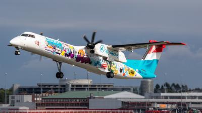 A picture of LXLQA - De Havilland Canada Dash 8400 - Luxair - © vwmatze