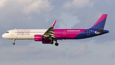 A picture of HALVC - Airbus A321271NX - Wizz Air - © Rafal Pruszkowski