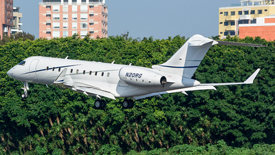 N20RG - Bombardier BD-700-1A11 Global 5000 - Private