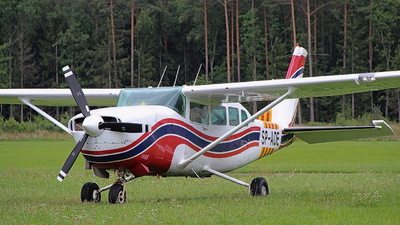SP-ADE - Cessna T207 Turbo Skywagon - Aero Club - Bialostocki