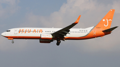 A picture of HL8031 - Boeing 7378GJ - Jeju Air - © REDSOX