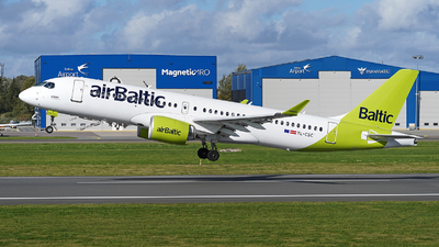A picture of YLCSC - Airbus A220300 - Air Baltic - © Andrey Nesvetaev