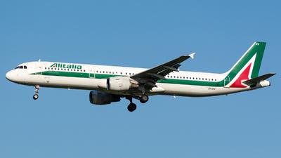 EI-IXV - Airbus A321-112 - Alitalia
