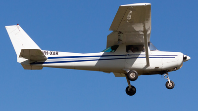 VH-XAR - Cessna 152 - Private