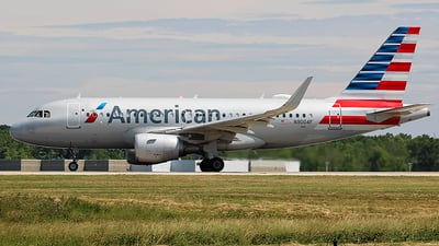A picture of N9004F - Airbus A319115 - American Airlines - © Chrisjake
