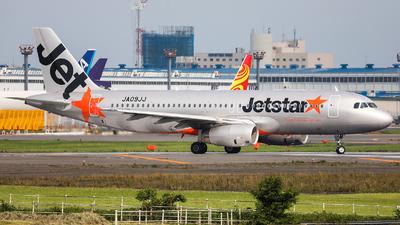 JA09JJ - Airbus A320-232 - Jetstar Japan Airlines