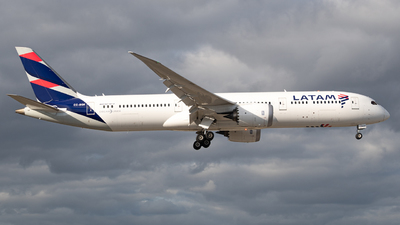 A picture of CCBGK - Boeing 7879 Dreamliner - LATAM Airlines - © JTPAviation