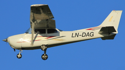 LN-DAG - Reims-Cessna F172M Skyhawk - Private