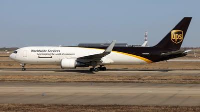 A picture of N350UP - Boeing 76734AF(ER) - UPS - © Jiaming