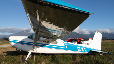 ZK-BXV - Cessna 180C Skywagon - Private